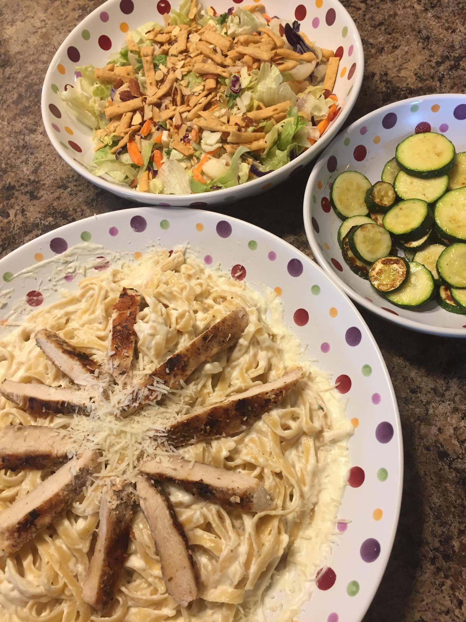 Chicken Alfredo Dinner