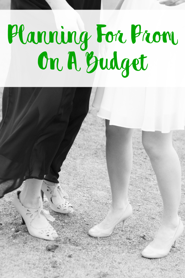 Planning For Prom On A Budget