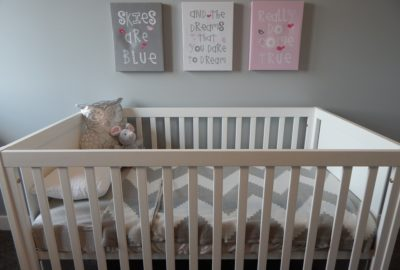 Crib Mattress Buying Guide for New Parents