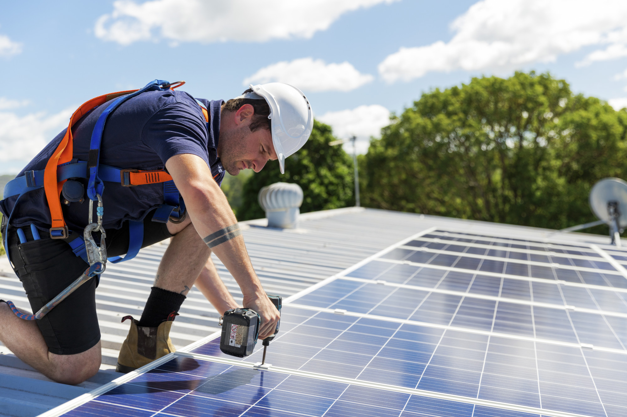 Estimating Solar Savings: How Much Do Solar Panels Actually Save You?